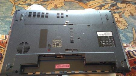 Причины перегрева Acer eMachines 442. Чистка, разбор и замена термопасты.