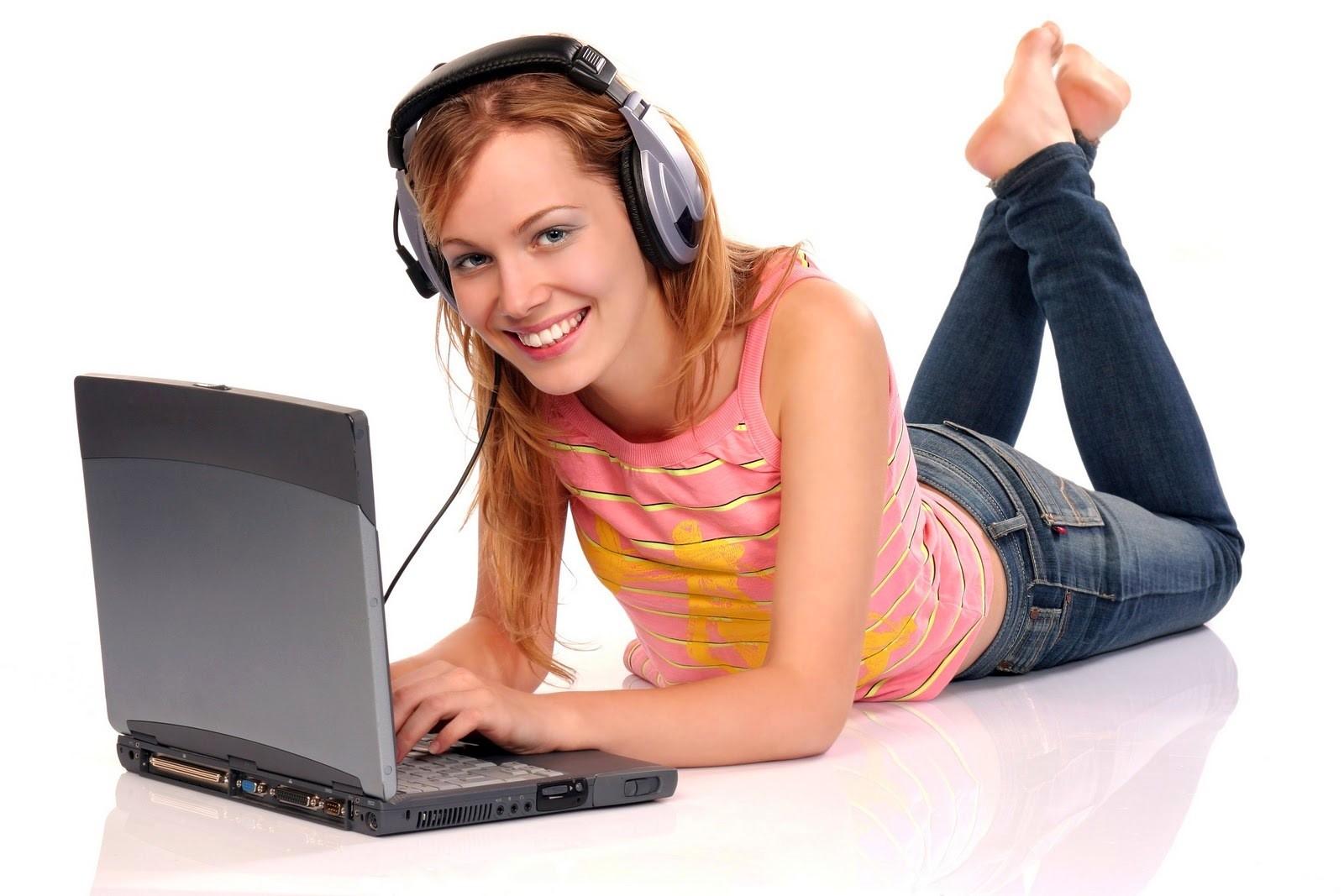 Доступ к удаленному компьютеру через интернет позволяет пользователю управлять своим компьютером с любого места
