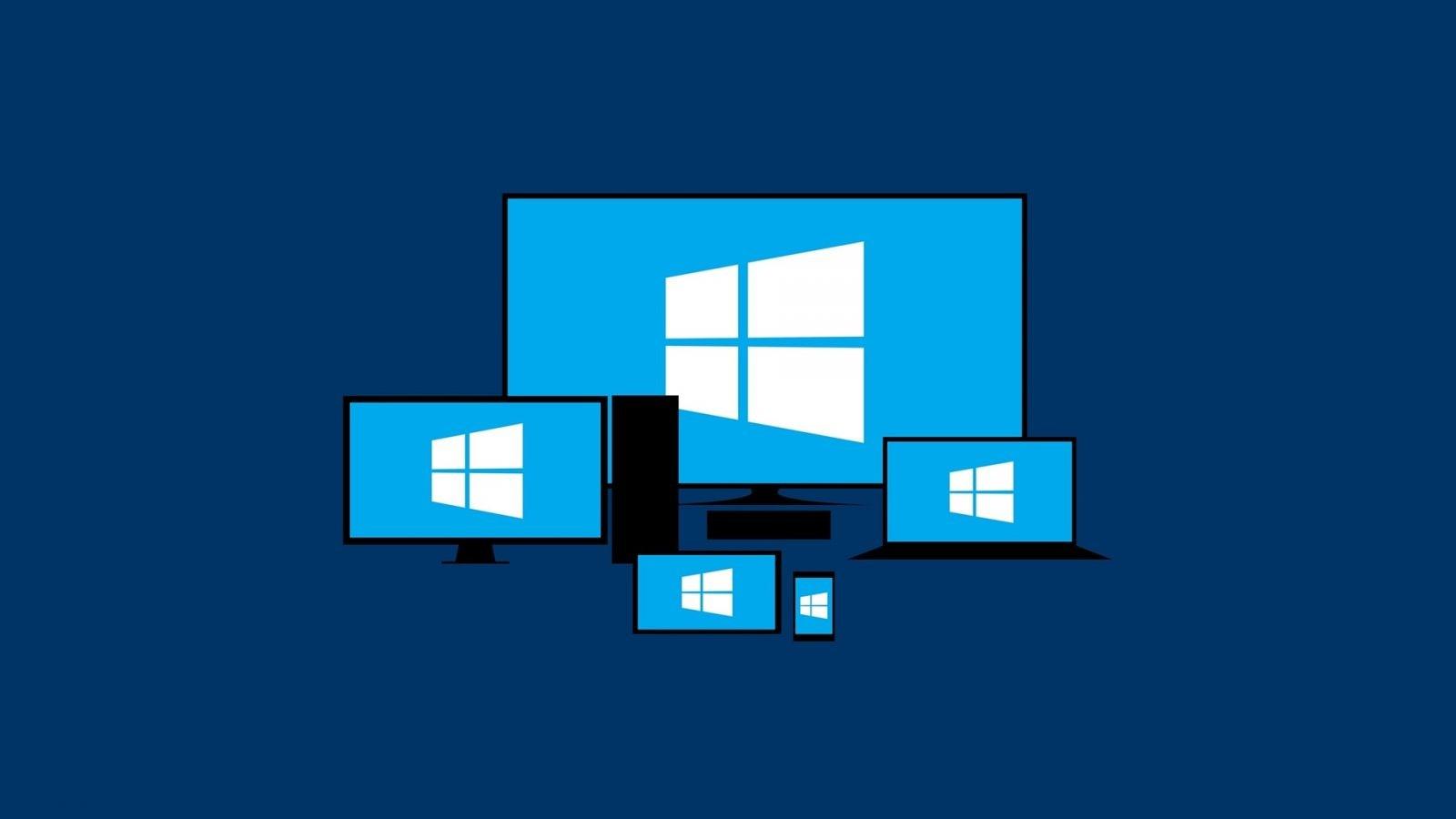 Изображение мониторов с логотипом Microsoft Windows