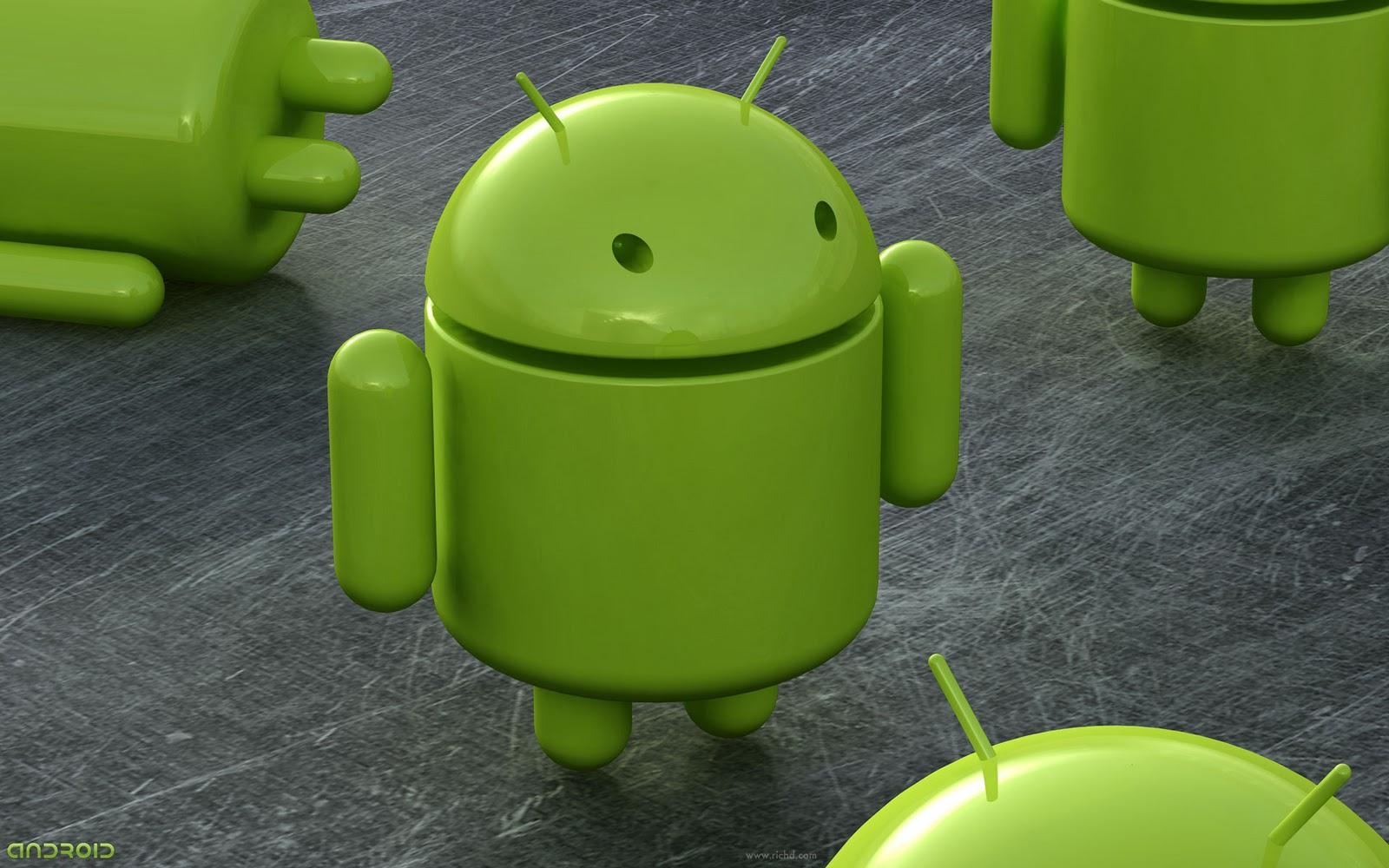 Игрушка в виде андроида