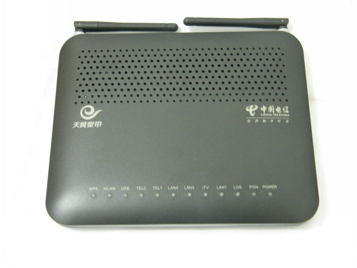 Роутер Huawei HG8245