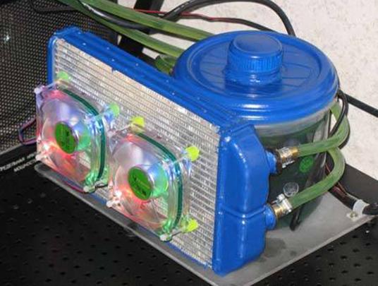Готовая самодельная система жидкостного охлаждения компьютера