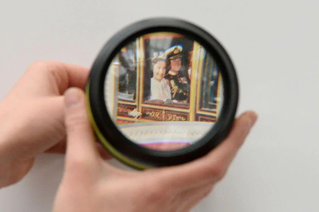 Нейросети научились увеличивать фото без потери качества.